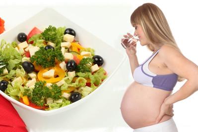 Co można jeść i pić w ciąży?