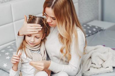 Przeziębienie i grypa u dziecka - jak rozpoznać i jak ulżyć dziecku?