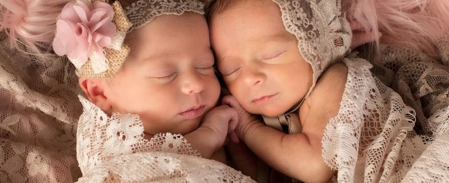 Objawy ciąży bliźniaczej – jak rozpoznać?